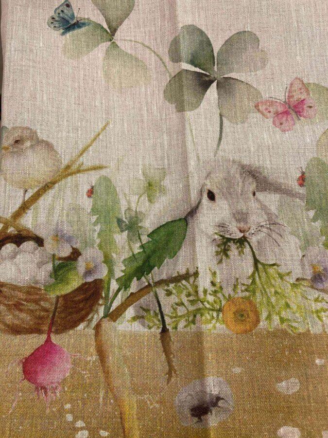 tessuto con stampe animali coniglietto e uccellino